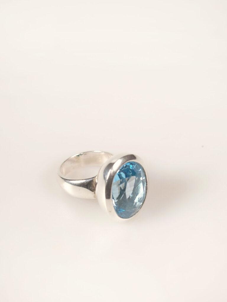 Ring Sterlingsilber mit Blautopas