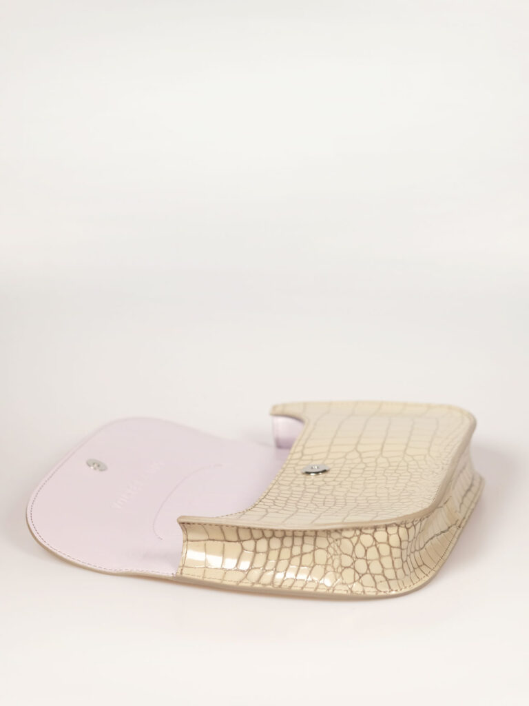 handtasche mit kroko prägung im fifties style