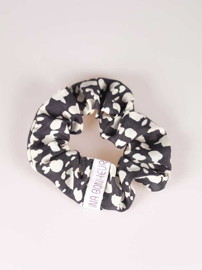Scrunchie silk black and white