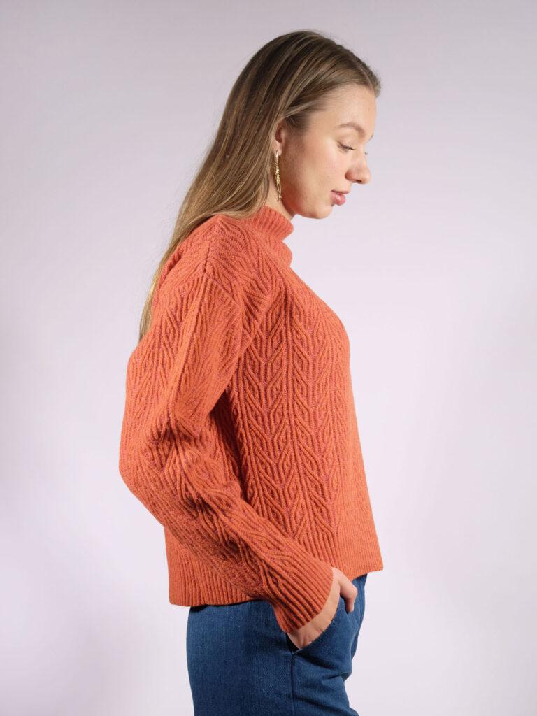 kurzer, weiter Lammwollsweater, pink