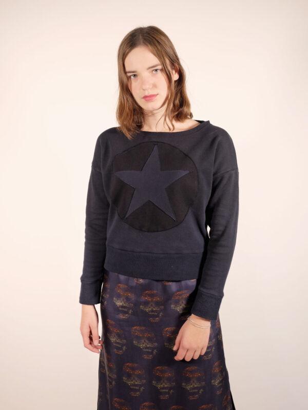 weicher tie dye sweater aus 100% Biobaumwolle, navy