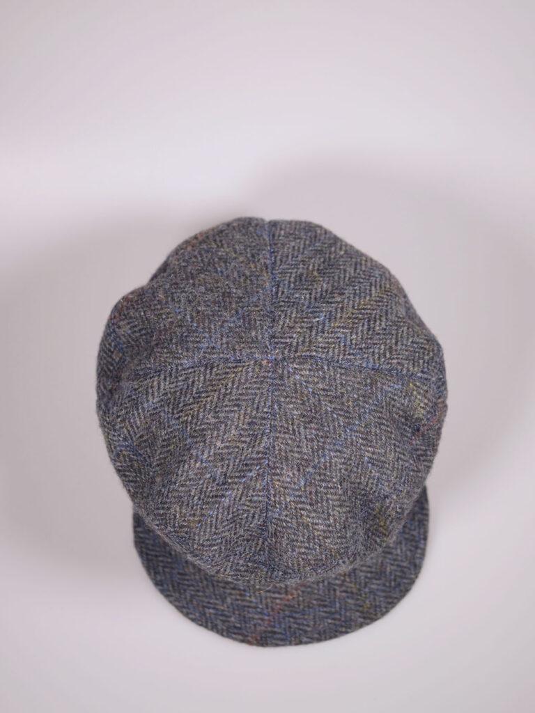 Handgefertigte Schirmmütze aus Harris Tweed