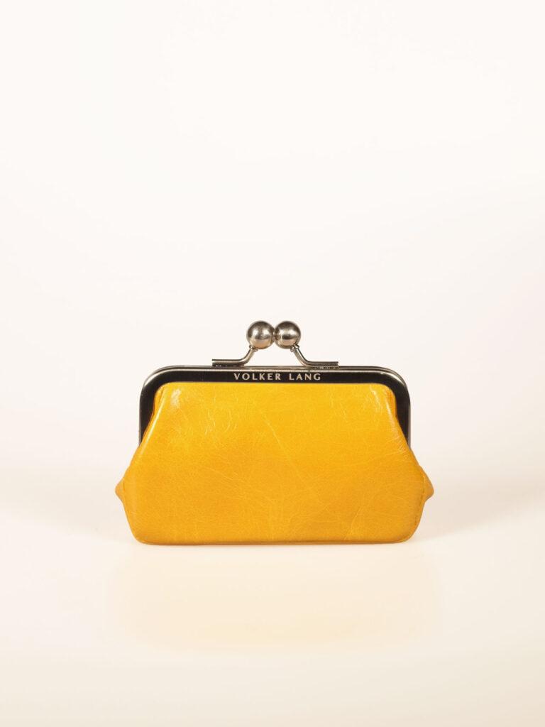 nostalgische Minibügelbörse oder Portemonnaie aus gelbem Leder